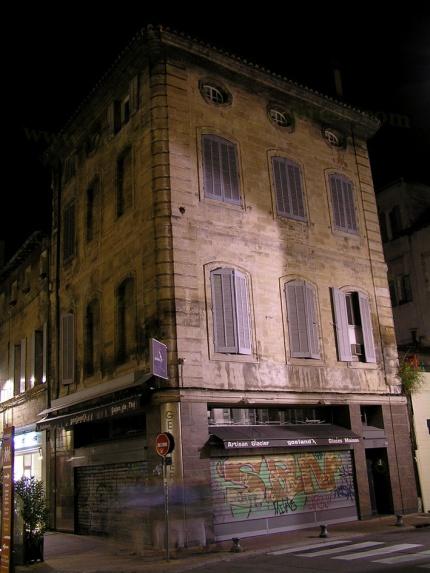 pe strada la avignon noaptea
